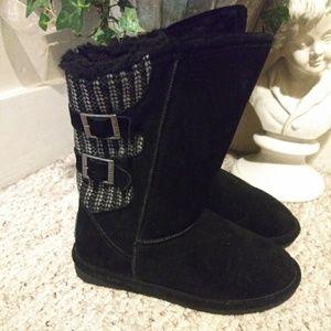 NWOT BearPaw Blk Suede/Shearling Sweater Knit Boot